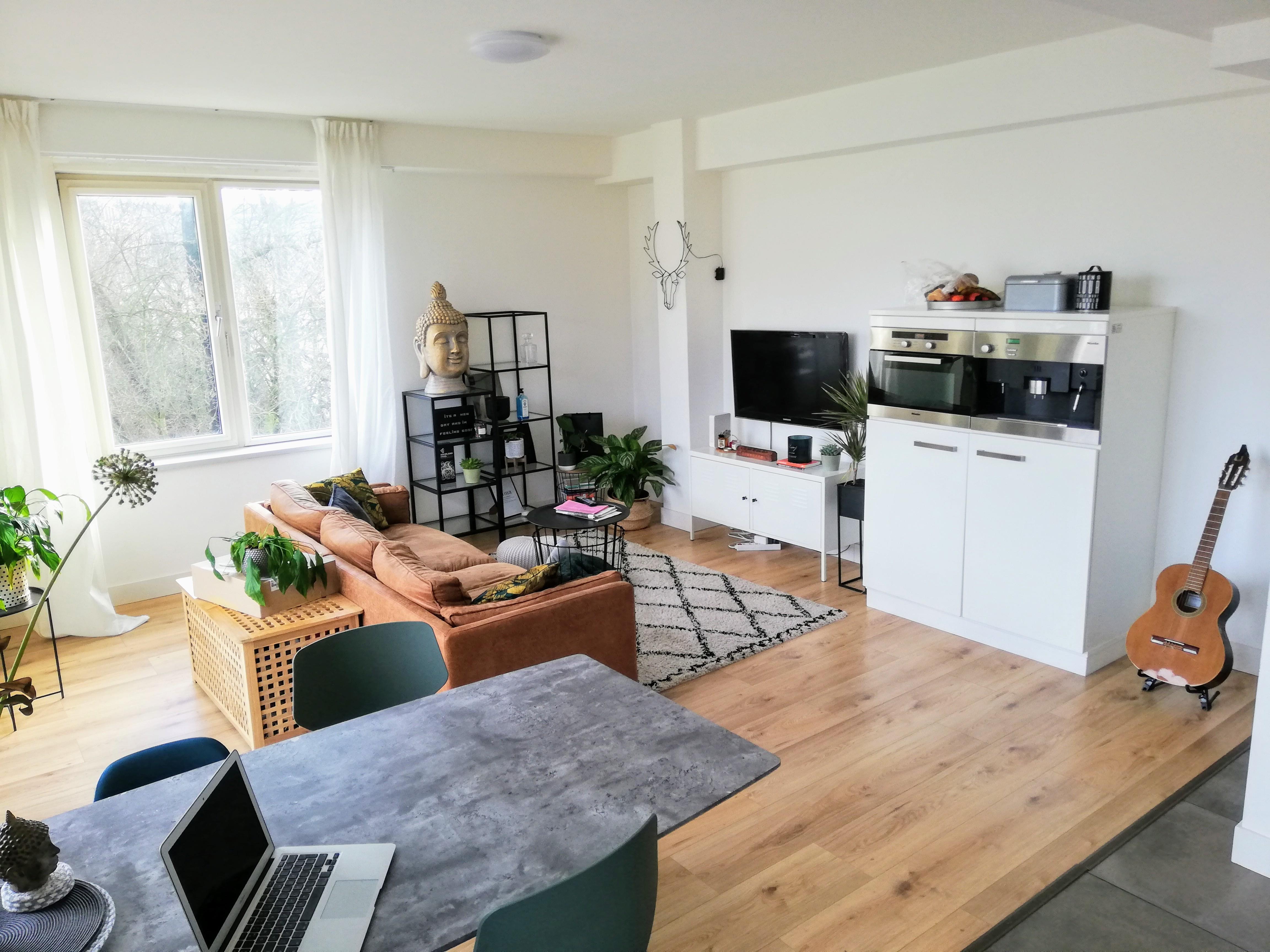 Apartment Spacious room to rent photo 25726608
