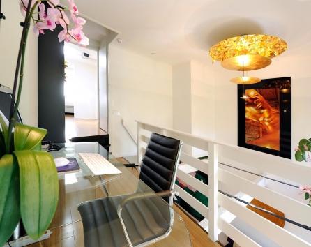 Luxury split level design apartment photo 27889
